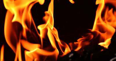 Nagy a baj! Óriási lángokkal harcolnak a tűzoltók Pécsen