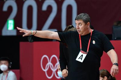 Cseh Laci szenzációs, Mohamed Aida sporttörténelmet írt