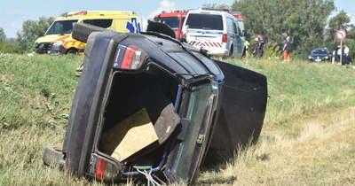 Halálos baleset: három autó ütközött össze a 4-es főúton