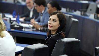 Hadházy Ákos (Facebook): Deutsch Tamás szürreális videóban kérdezi a véleményemet a Cseh Katalint érintő állításokról