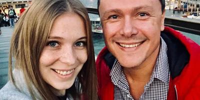 Titokban feleségül vette 16 évvel fiatalabb párját a magyar színész
