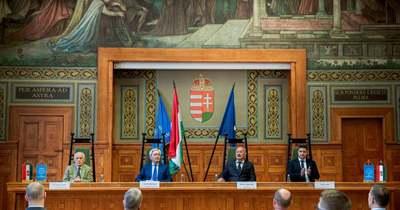 Vasárnaptól alapítványi fenntartásba kerül a Pécsi Tudományegyetem