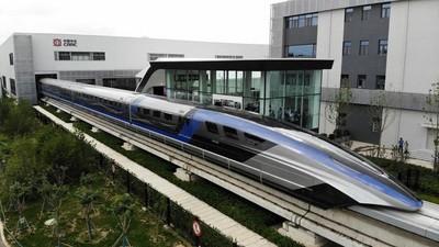 A világ leggyorsabb vonatának címére pályázik ez az új jármű