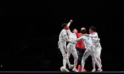 Soha nem látott aranyéremmel javítottak olimpiai rekordot a japánok
