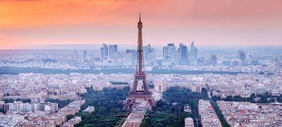 Párizsba evakuálják a fertőzötteket