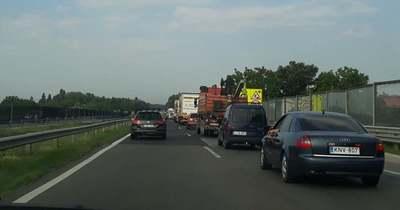 Baleset történt az M7-es autópályán a Balaton felé