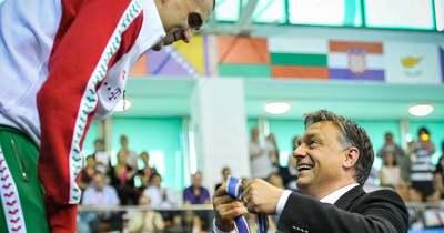 """""""Mindent köszönünk. Vár rád a civil élet…"""" – megható képpel üzent Orbán Viktor a magyar legendának"""
