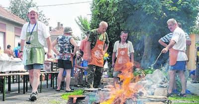 Végre felszállhat a füst a mohácsi babfőző fesztiválon