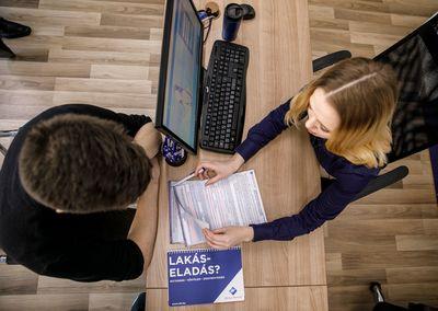 A megemelt minimálbér fel fogja pörgetni az ingatlanpiacot