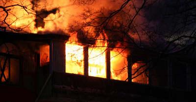 Mentőhelikoptert riasztottak Tiszaalpáron: villám csapott az épületbe, összeomlott