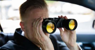 Egy BMW-ből figyelhetik a betörők, hogy ki hagyja üresen a házát