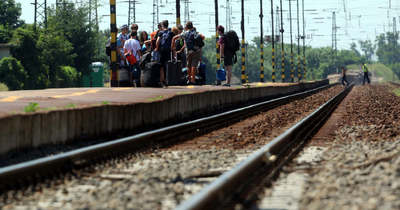 Túl feszes a menetrend, ezért nem áll meg a vonat Balatonfenyves alsón