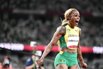 Elképesztő: Megdöntötték minden idők legjobb futójának olimpiai csúcsát 100 méteren