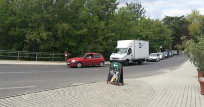 Vége a demonstrációnak a magyar-szlovák határon Esztergomnál