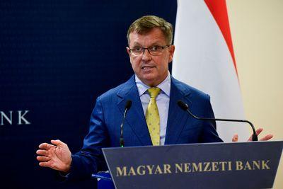 Matolcsy: az euró több kudarcot hozott, mint sikert