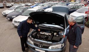Egyre kevesebb hitelt veszünk fel autóvásárláshoz