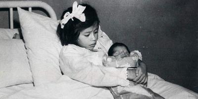 Lina Medina ötévesen lett édesanya - Ez nem elírás, ez a szörnyű valóság!