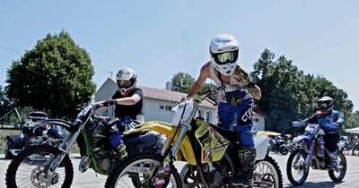 Motorostalálkozót tartottak Gasztrofesztivállal egybekötve Dégen