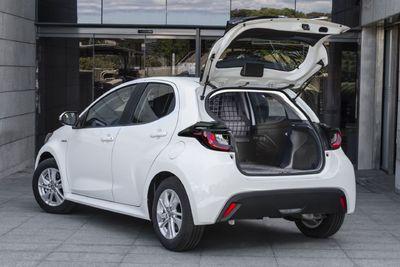 Már kishaszonjárműként is elérhető az Év autója, és van egy komoly aduja