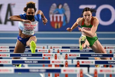 Olimpia: Tele van az internet a magyar gátfutónő képével - Fotó