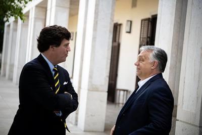 Orbán Viktor Tucker Carlsonnal találkozott - fotó
