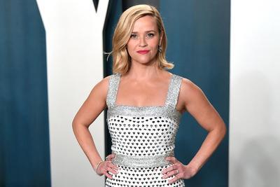 900 millió dollárért adja el produkciós cégét Reese Witherspoon