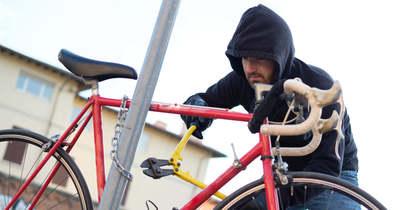 Elkérte, nem kapta meg, így ellopta és eladta ismerőse biciklijét