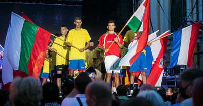 Tizenöt gyermekotthon focicsapata érkezett Kecskemétre