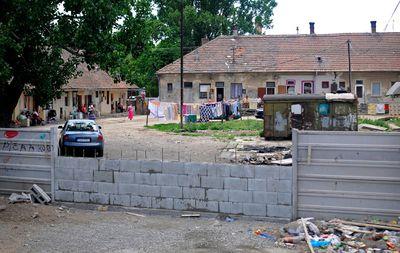 Kilencszáz euró felett a szegénységi küszöb Szlovákiában