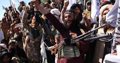 Vérbe fullad az afganisztáni tálibok sármoffenzívája