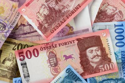 Ezek voltak a forint első 75 évének bankjegyei - képek