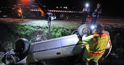 Súlyosan megsérült az 55-ös főúton az autójával felborult ittas sofőr