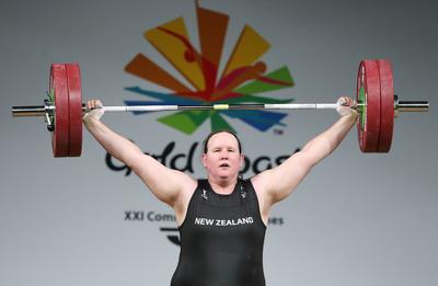 Visszavonul az olimpián a nők között induló transznemű súlyemelő