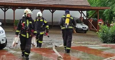 Így segítik egymást a hevesi hivatásos és önkéntes tűzoltók (fotók)