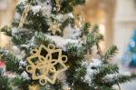Így varázsolhatunk havat a karácsonyfára
