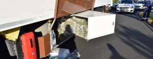 Elképesztő! Egy kamion rejtett rekeszeiben 50 kiló marihuánát találtak az M7-esen